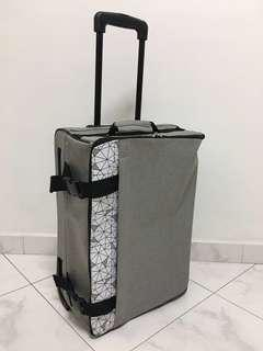 Light Gray Carry On Cabin Size Collapsible Luggage Travel Bag