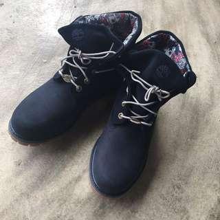 🚚 全新timberland 反褶短靴