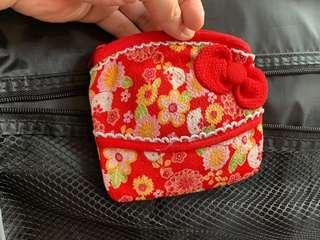 🚚 ||全新||日本購回 HelloKitty 日系風格 袖珍面紙 零錢收納包
