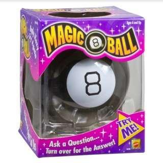 MAGIC 8 BALL (BRAND NEW)