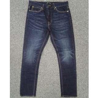 $180抵價入手!J.Crew Factory「鎖鏈」Straight Fit深藍洗水Walker Wash牛仔褲