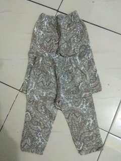Celana bhan kaduroy