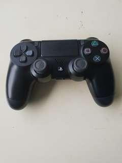 PS4 Controller Needs fixing