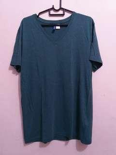 H&m v neck shirt