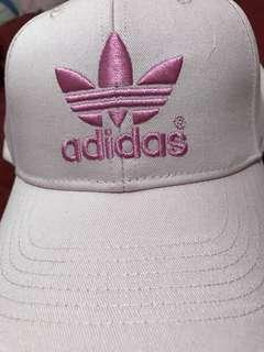 🚚 愛迪達帽子