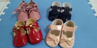 Preloved soft sole shoes 12 to 18 months