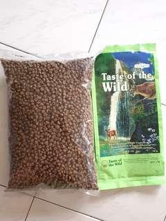 [SOLD] Cat food - Taste of the wild feline formula
