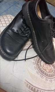 MARTENS look alike fashion shoe