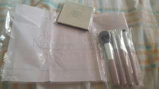 Akemi Nakano for Glow 4 piece Make up brush and compact mirror from Japan