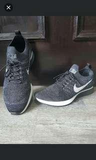 Nike Air Zoom Mariah Flyknit Racers - US 7
