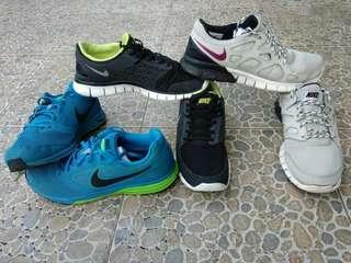 TAKE ALL 3 NIKE RUNNING