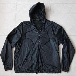 🚚 Gucci Tie-Front Hooded Windbreaker Jacket