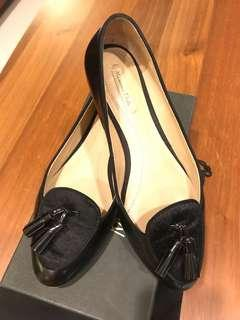 Black Leather with Colt Toe