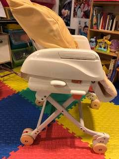 免費Combi high chair