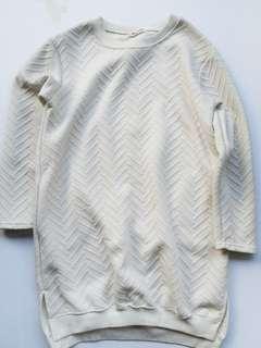 Off-white fleece longsleeves textured dress