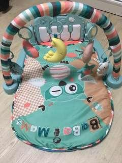 Baby play mat with lights and music