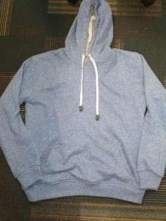 Sweater Biru Muda Size M