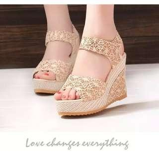 Ready stock Korean Style Lace Wedges high heels 👠