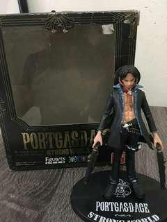Action figure one piece portgas d ace