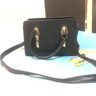 Black Handbag/Sling handbag