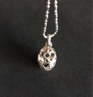 HEARTS Egg Pendant with Chain