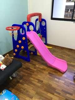 100% good condition. 3 in 1 indoor playground