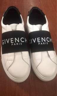 Givenchy Paris slipon sneakers size 40 or 8 mens