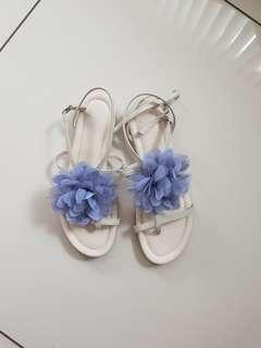 White sandals with light blue flower