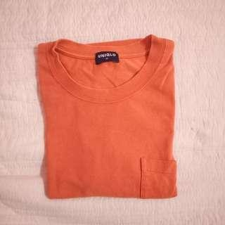 Uniqlo plain tshirt