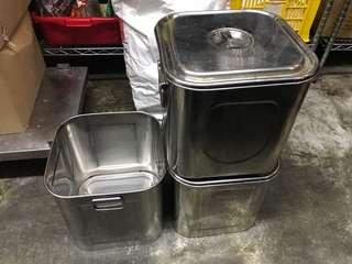 Iron containers