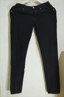 Jeans hitam forever 21 - black jeans