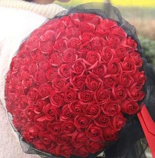 🚚 99 Red Roses Bouquet - Valentine Day / Valentine's / Anniversary / Proposal / Birthday / Farewell / Graduation