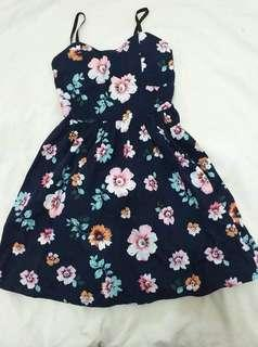 FLORAL DRESS ( SMALL )