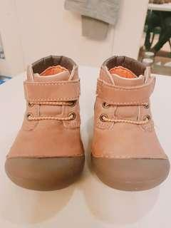 Preloved Stride Rite Shoes/Boots for Boys/Toddler 5W size