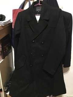 🚚 AVILAS 全新 黑色毛料雙排扣軍裝大衣