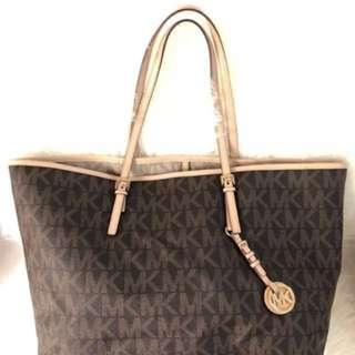Looking for MK bag