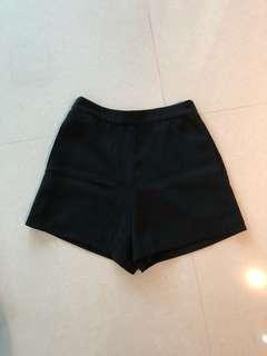 The Closet Lover TCL Cooper Basic Shorts in Black