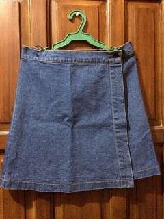 Denim Wrap-Skirt (Zara)