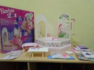 Doll House barbie 2 in 1 bathroom and gym