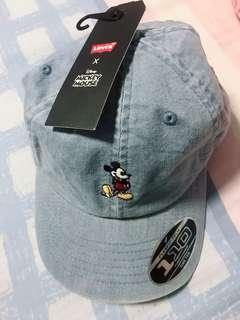 levi's mickey Mouse cap