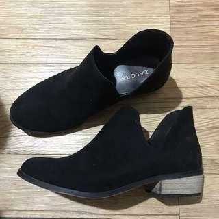 🚚 ZALORA及踝短靴