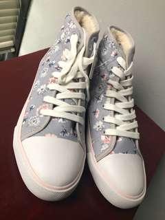 ⭐️CLEARANCE⭐️Cath Kidston High Cut Sneakers