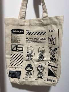 c9bacd6e9712 Hello Kitty Bag pouch essential oils storage bag