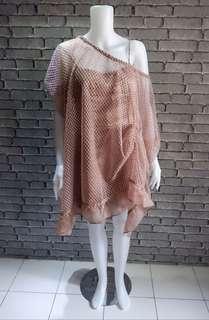 Ellouwen bronze tulle dress