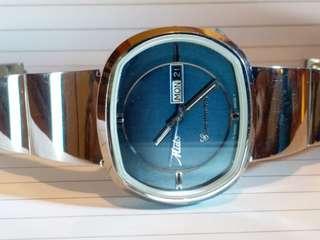 Mido 美度錶,7Os年代庫存品,自動機械,未用過。保存還可,當二手賣