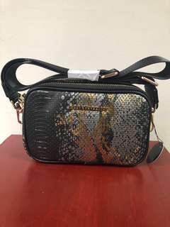 🚫LP POSTED🚫QUAY Australia Lozenges Bag