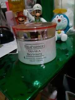 Bio-essence tanaka bio white night cream. free essence safi buat yg tidak nawar.