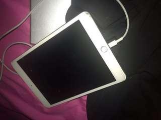 Ipad mini 3 16gb wifi+ cellular