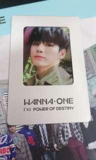 [WTS] Wanna One POD Ong pc romance version