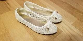 白色通花氣質女童裝鞋